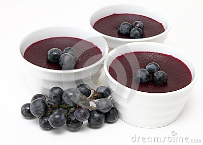 Red grape pudding