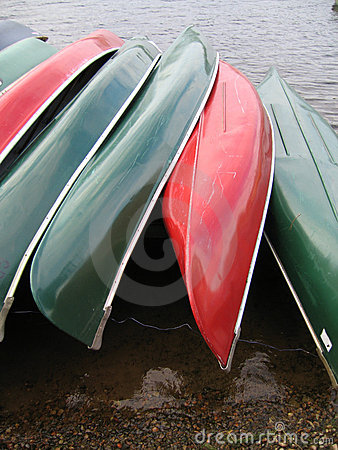 Red and Green Rowboats