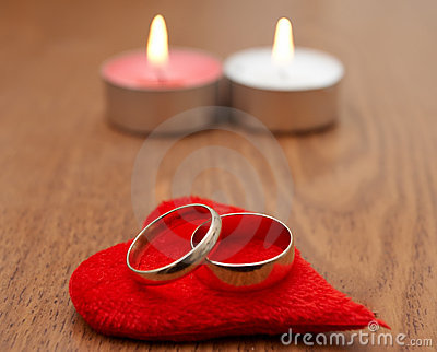 Red heart and two ring