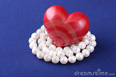 Red heart and white pearls
