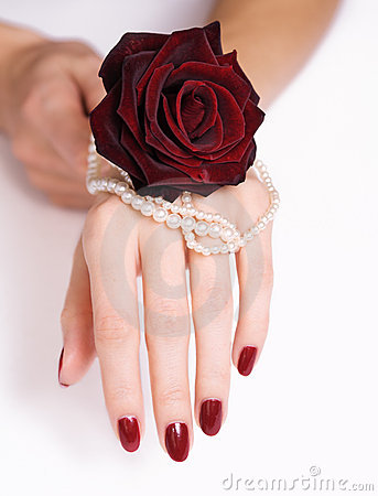 Free Red Manicure, Rose And Pearls Royalty Free Stock Photos - 11611928