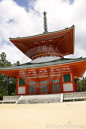 Red Pagoda Temple on Mount Kōya