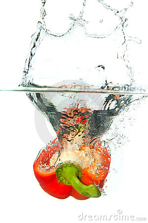 Free Red Paprika In Water Splash Isolated On White Royalty Free Stock Photos - 18754688