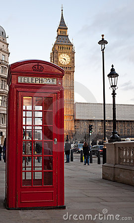 Free Red Phone Booth With The Big Ben In The Bac Royalty Free Stock Photography - 12803547
