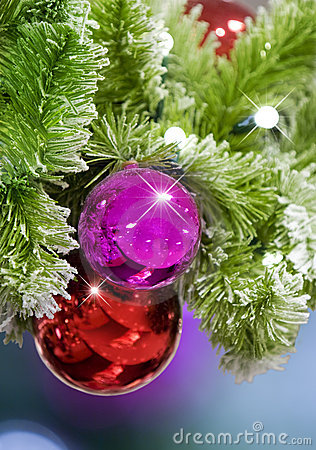 Red & Pink Christmas Ornaments