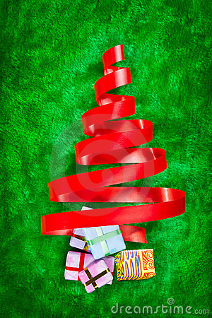 Red ribbon Christmas tree