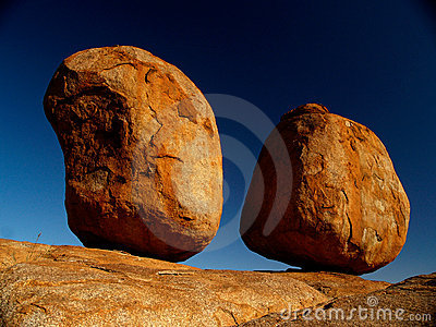Red rocks of Devils Marbles