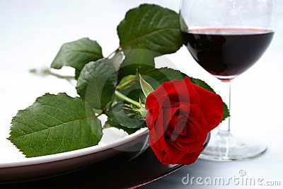 http://www.dreamstime.com/red-rose-and-wine-thumb2447017.jpg