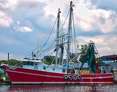 Red shrimp boat HDR