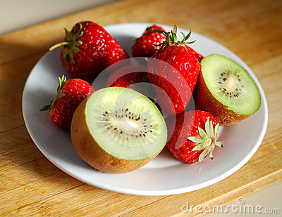 Strawberry and kiwi in plate