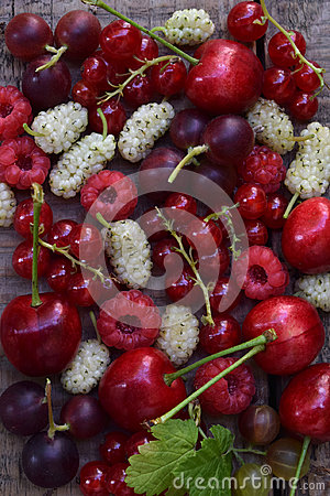 Free Red Summer Berries: Cherry, Mulberry, Currant, Raspberries On A Wooden Background Stock Images - 95529034
