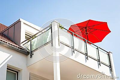 Red sunshade