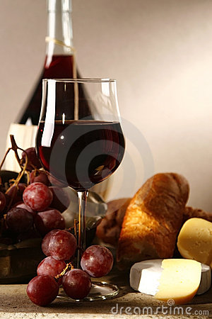 Free Red Vine Royalty Free Stock Photography - 9738917
