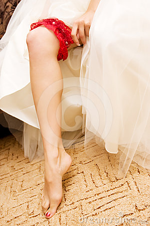 Red wedding garter