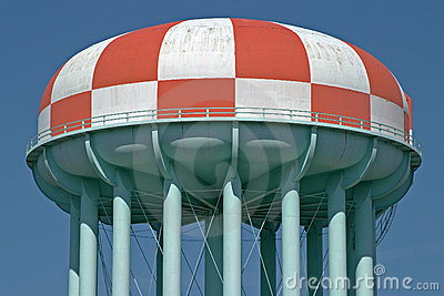 Red and white watertower