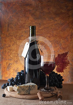 Free Red Wine Royalty Free Stock Image - 24619936