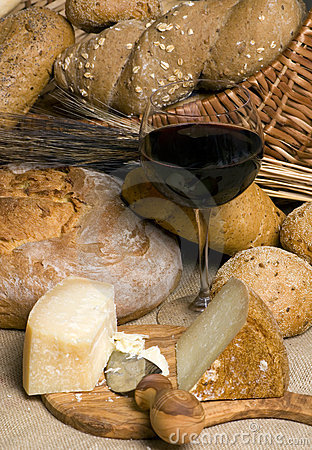 Red Wine with Cheese and Bread 3