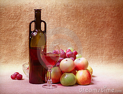 Red wine and fruit - still life