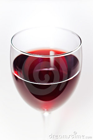 Red wine in glass closeup