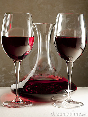 Free Red Wine In Decanter And Two Glasses Stock Image - 15020531