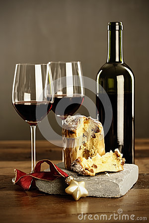 Red wine  and Panettone