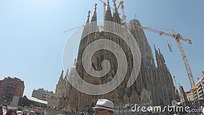redaktionell Mai 2018 Die Basilika des Sagrada FamÃlia, Barcelona, Spanien stock footage