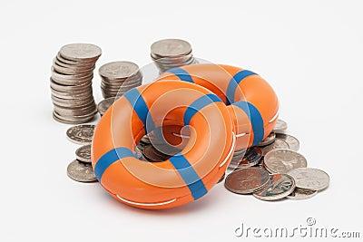 Reddingsboeien en muntstukken