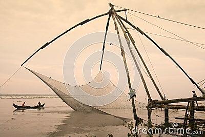 Redes de pesca chinesas - Cochin - Kerala - India Imagem Editorial