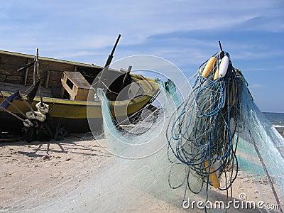 Redes de pesca del anuncio del barco