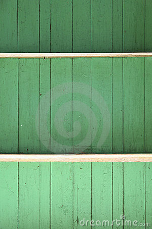 Reen wall wooden
