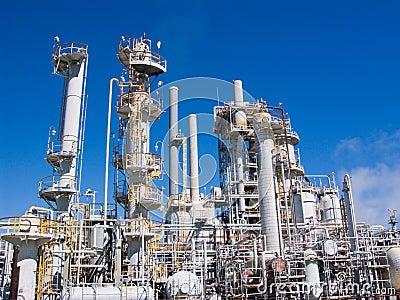 Refinería química