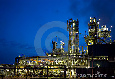 Refinery at night 10