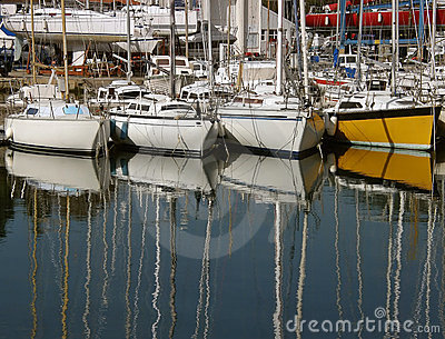 Reflection of masts