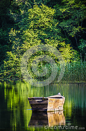 Free Reflections Of A Boat Royalty Free Stock Photography - 34235587