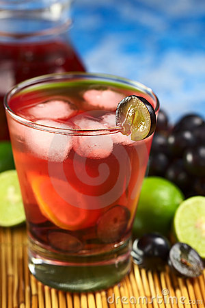 Refreshing Red Grape Lemonade