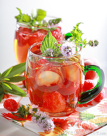 Free Refreshing Summer Drink Royalty Free Stock Photography - 10275157