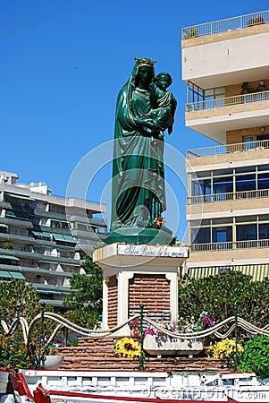 Regina della statuetta dei mari, Fuengirola, Spagna.