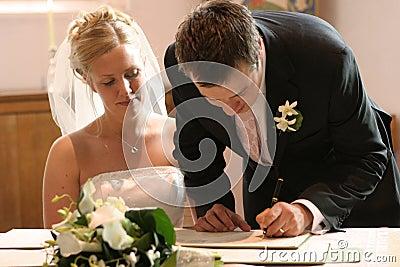 Registro di cerimonia nuziale del segno delle coppie