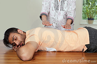 Reiki healing session