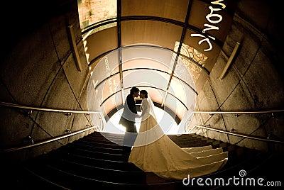 Reizende Braut und Bräutigam