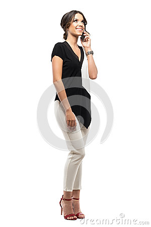 Free Relaxed Young Elegant Business Woman Talking On The Phone Smiling And Looking Up Royalty Free Stock Photos - 99227578
