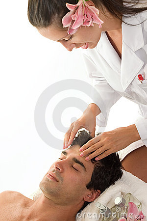 Free Relaxing Head Massage Stock Photography - 590122