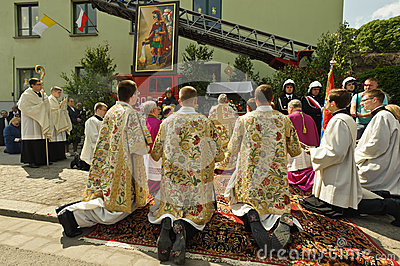 RELIGIOUS PROCESSION AT CORPUS CHRISTI DAY Editorial Stock Image