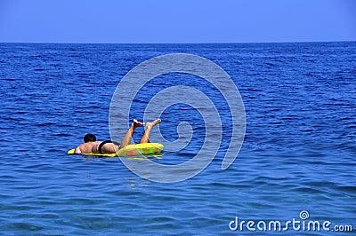 Relájese en el mar
