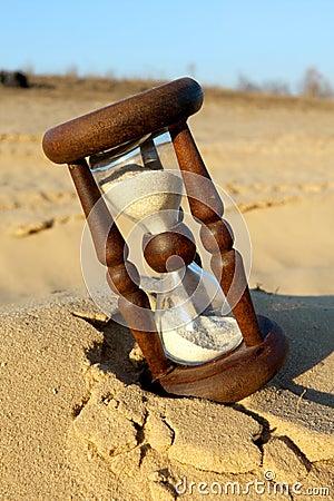 Reloj de arena en desierto foto de archivo imagen 22510590 for Fotos de reloj de arena