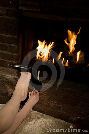 Free Removing Shoes By Fire Royalty Free Stock Images - 4022939