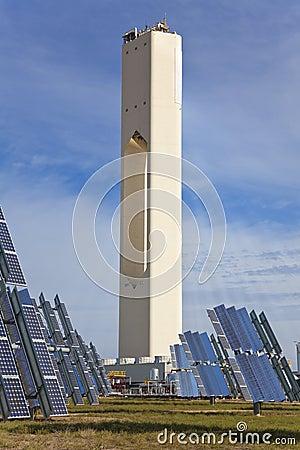 Renewable Green Energy Solar Tower & Solar Panels