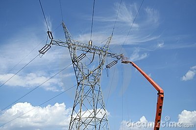 Repair service on power pylon