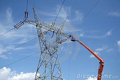 Repair service on power pylon