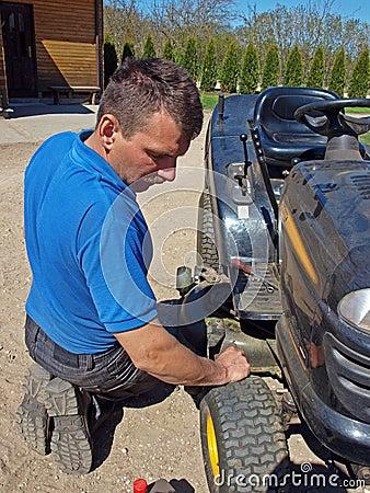 Repairing mower